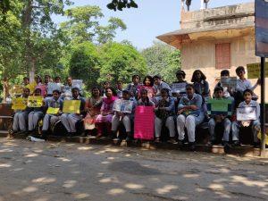 Heritage club pix, visit to Roshanara tomb 2